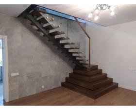 Лестница на монокосоуре Солана